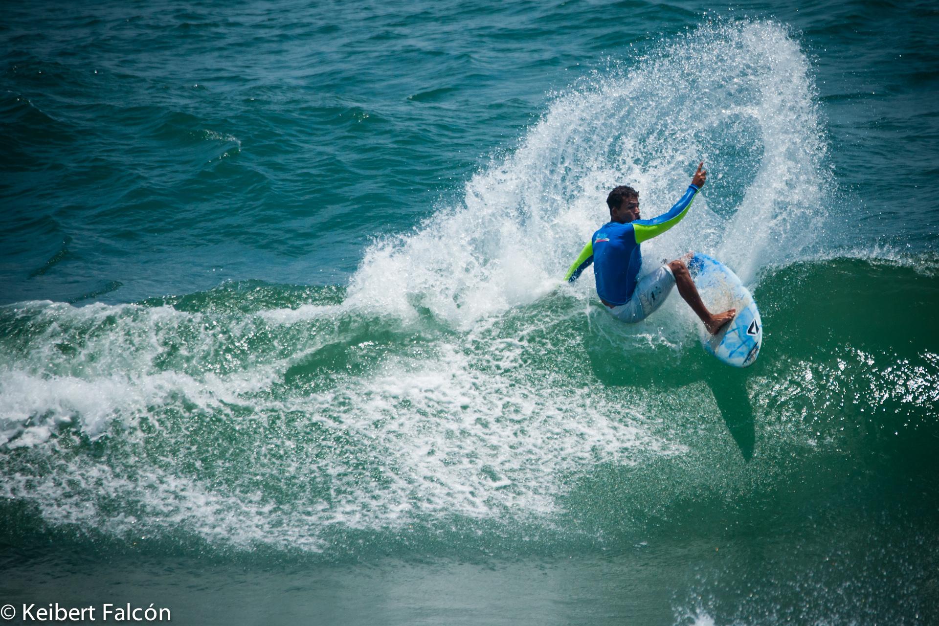 Fin de Semana Deportivo  Surf + Panas